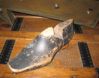 REDUCED Vintage black wooden cobbler shoe form