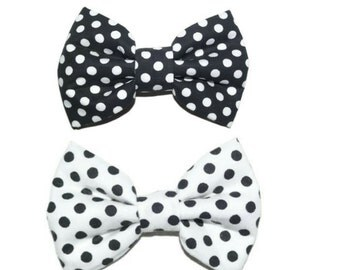 White and black polka dots bowtie