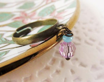 Crystal Dangle Ring,Wire Ring,Crystal Wire Ring,Antique Ring,Glass Bead RIng,Beaded Ring,Pink bead Ring,Up-Cycled Jewellery,Bronze,Jewelry