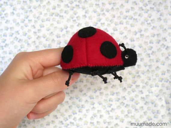 ladybug sewing pattern finger puppet felt ornament