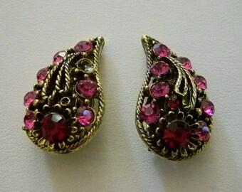 Beautiful Antiqued Gold Tone Red Pink Rhinestone Clip Earrings