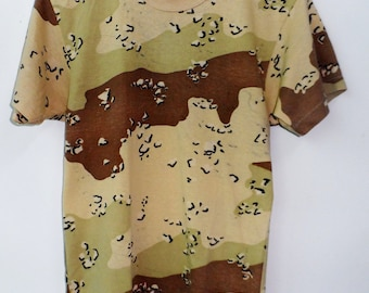 Vintage Camouflage t shirt vietnam army Extra Small Size