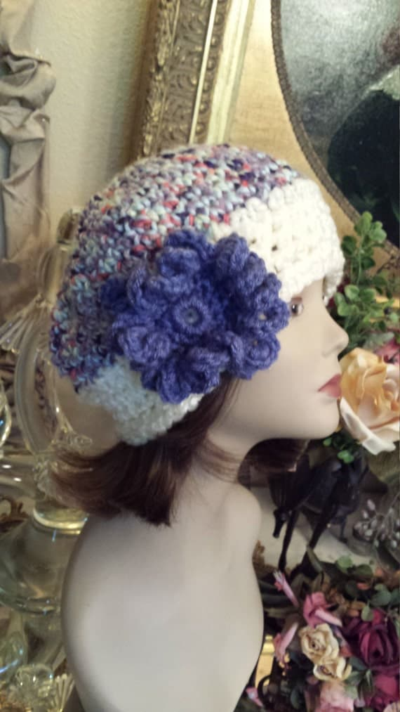 Winter hat with flower handmade crochet by petronella