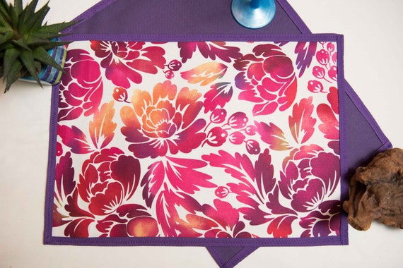Indoor / Outdoor Handmade Purple Hawaiian Floral placemat Set