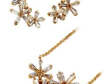 Simple flowers crystal necklace earrings set