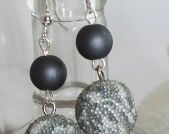 Gray swirl ball earrings