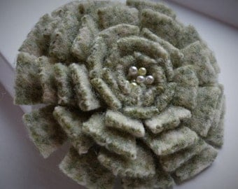 Large green felt wool flower brooch pin