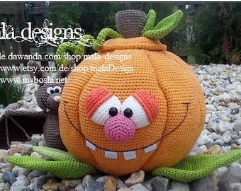 fillable pumpkin, crochet pattern by mala designs