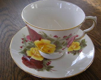 Vintage Queen Anne England Bone China Teacup & Saucer Yellow Red Rose Design