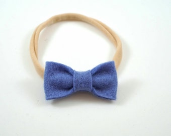 Periwinkle Bow. Baby Headband. Newborn Headband. Toddler Headband. Newborn Photo Prop. Small Blue Bow. Felt Hair Bow. Toddler Hair Bow.