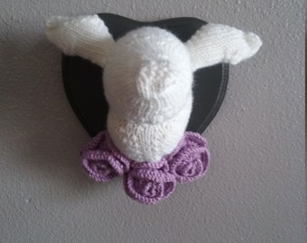 Knit Faux Mounted Doe Head (Roses Optional)