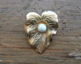 Vintage Sarah Coventry Pearl Leaf Gold Brooch-Large