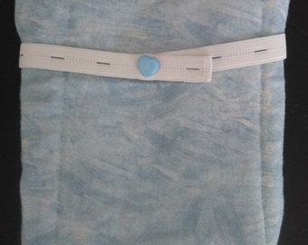 Washable reusable ecologic cloth prefold diaper, with elastic closure