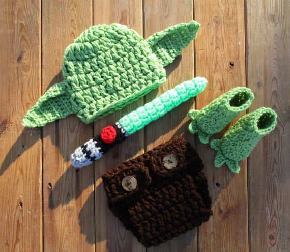 Star Wars Yoda Beanie & Diaper Cover Set