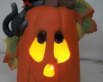 Ceramic pumpkin with kitty Halloween lighted decoration