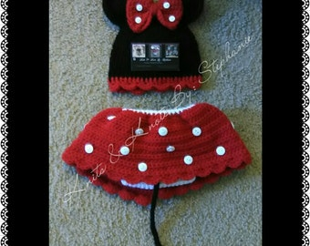 crochet Minnie mouse photo prop (made to order)