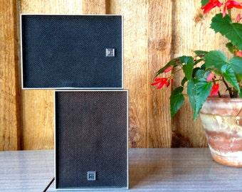 Vintage Petite Realistic Bookshelf stereo speakers//wood veneer//8ohms//heavy//home audio