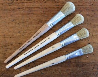 Small Flat Bristle Brush with Domed End - Professional Quality Chalk Paint Brush - Made in France