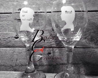 Peeta & Katniss Hunger Games etched wine glass set