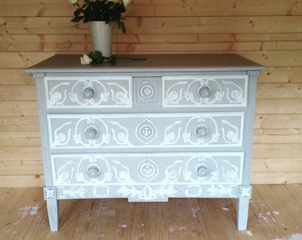 SOLD VINTAGE FRENCH Painted Chest Of Drawers Dresser in Solid Oak Hand Painted in Annie Sloan Paris Grey and Old White.