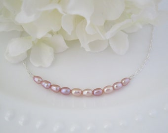 Petite linear pearl bridal necklace, Simple blush pearl wedding necklace, Blush freshwater pearl necklace, Bridesmaid necklace