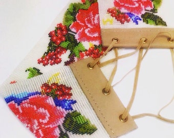 Roses and guelder rose. Ukrainian traditional accompaniment. Loom beaded belt.Bridesmaid belt. Handmade beaded leather.