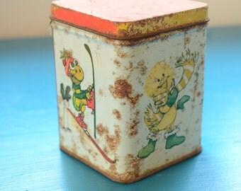 vintage kitschy animal storage tin