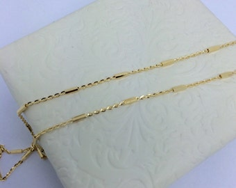 14K Yellow Gold Bar and Cable Chain Necklace