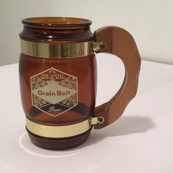 grain belt beer mug amber glass mug with wooden handle. Black Bedroom Furniture Sets. Home Design Ideas