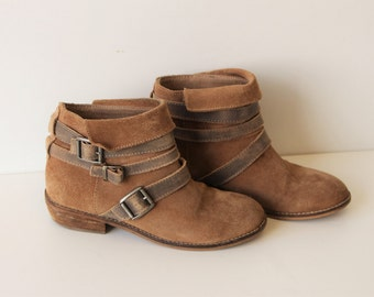 Brown Suede Ankle Boots Criss-cross Strap Womens Western Tan Brown Flat Suede Hippie Boho Festival Boots 36 (EUR) 5-5.5 (US Women)