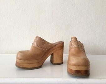 90's Platform Clogs - Candies Clogs - Wooden Clogs - Vintage Clogs - Platform Clogs - Size 6.5 - CL- 41