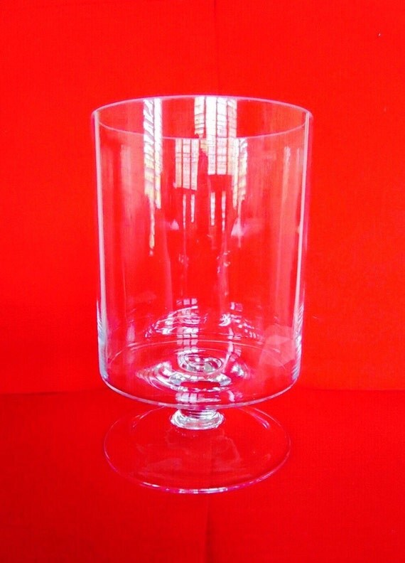 large round footed clear glass vase hurricane terraium. Black Bedroom Furniture Sets. Home Design Ideas