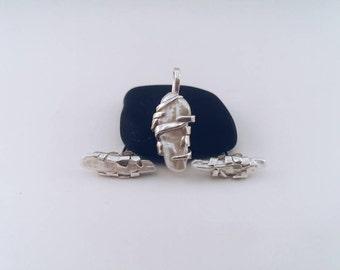 Handmade sterling silver earrings,freshwater pearl.
