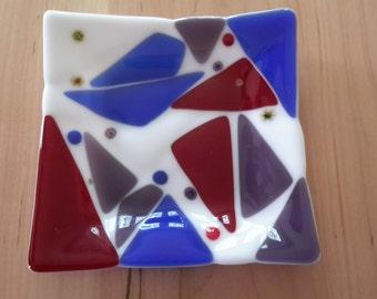 Fused glass tray dish geometric design