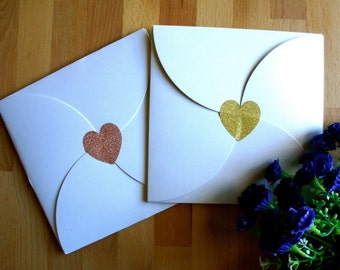 Add-ons : Flower petal-shaped hanky gift envelope