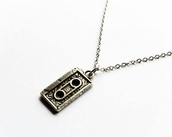 Necklace Music - Cassette Tape