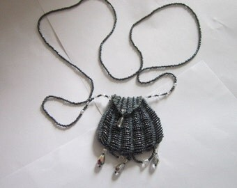 Vintage Retro Metallic Glass Beaded Change Purse Necklace Miniature Purse - Neat!
