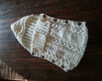 Newborn baby sleep sack. Knitted baby sleep sack.