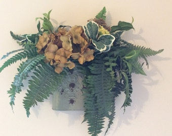 Wall hanging with hydrangeas and ferns