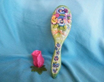 Hair brush with viola flowers, women accessory, girt for her, wooden hair brush, shabby shic, decoupage decorated hair brush