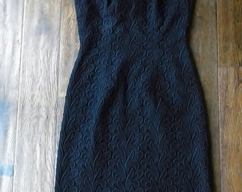 Stunning and simple, vintage little black dress. size 6/8/10. 1930s, 1940s, 1950s  lbd, handmade.