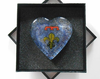 Press paper heart glass - painting on glass - Blazon Navarrenx - camaieu blue background