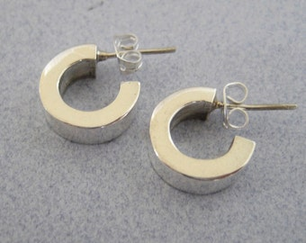 925 Sterling Silver Shiny Mini Thick Elegant Classic Hoop Hoops Small Huggie Earrings