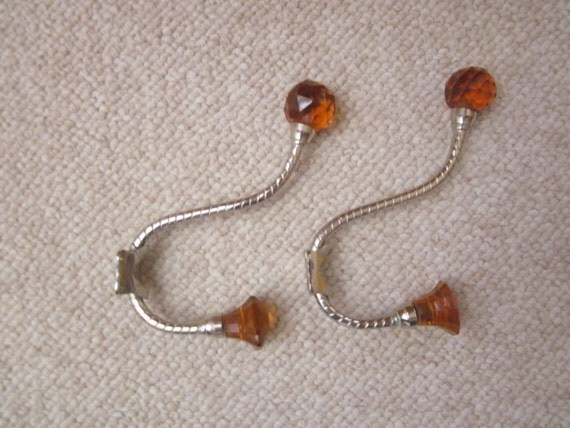 """Set of 2 ( Two ) Victorian style Chrome Wall Hook With glass tips 6 1/2"""" Amber Ball & Diamond"""