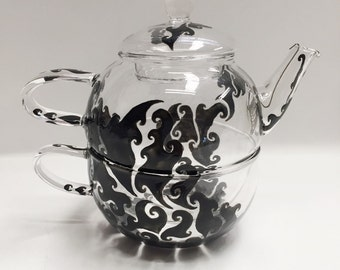 Teapot with teacup