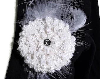 Crochet Flower Pin Brooch, Crochet Brooch, Flower Brooch, Crochet Pin, Women Gift, Gift for Her, White Flower Brooch, Bridal Accessoires