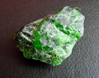 ONE Natural raw Chrome Diopside 9,5 grm