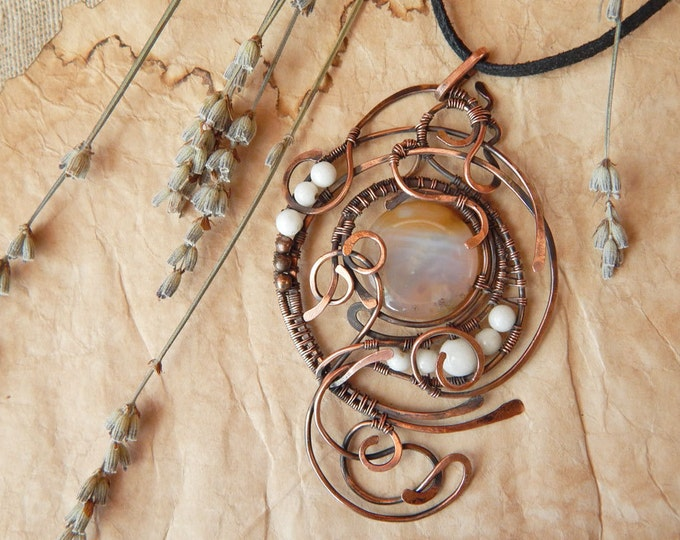Elegant agate Pendant,Copper Wire winding, Fantasy style, unique,Birthstone,free-form jewelry,Gift for her, Natural white and color gemstone