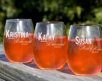 Wine Glasses, 8 Personalized Stemless Wine Glasses, Bridesmaid Glasses, Custom Engraved Bridal Party Favors, Bridesmaid Gift,