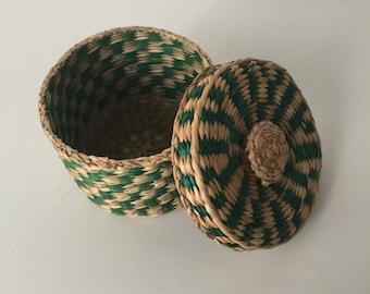 Vintage basket, Small basket with lid, trinket basket, storage basket, Bohemia Basquet, Tiny basket